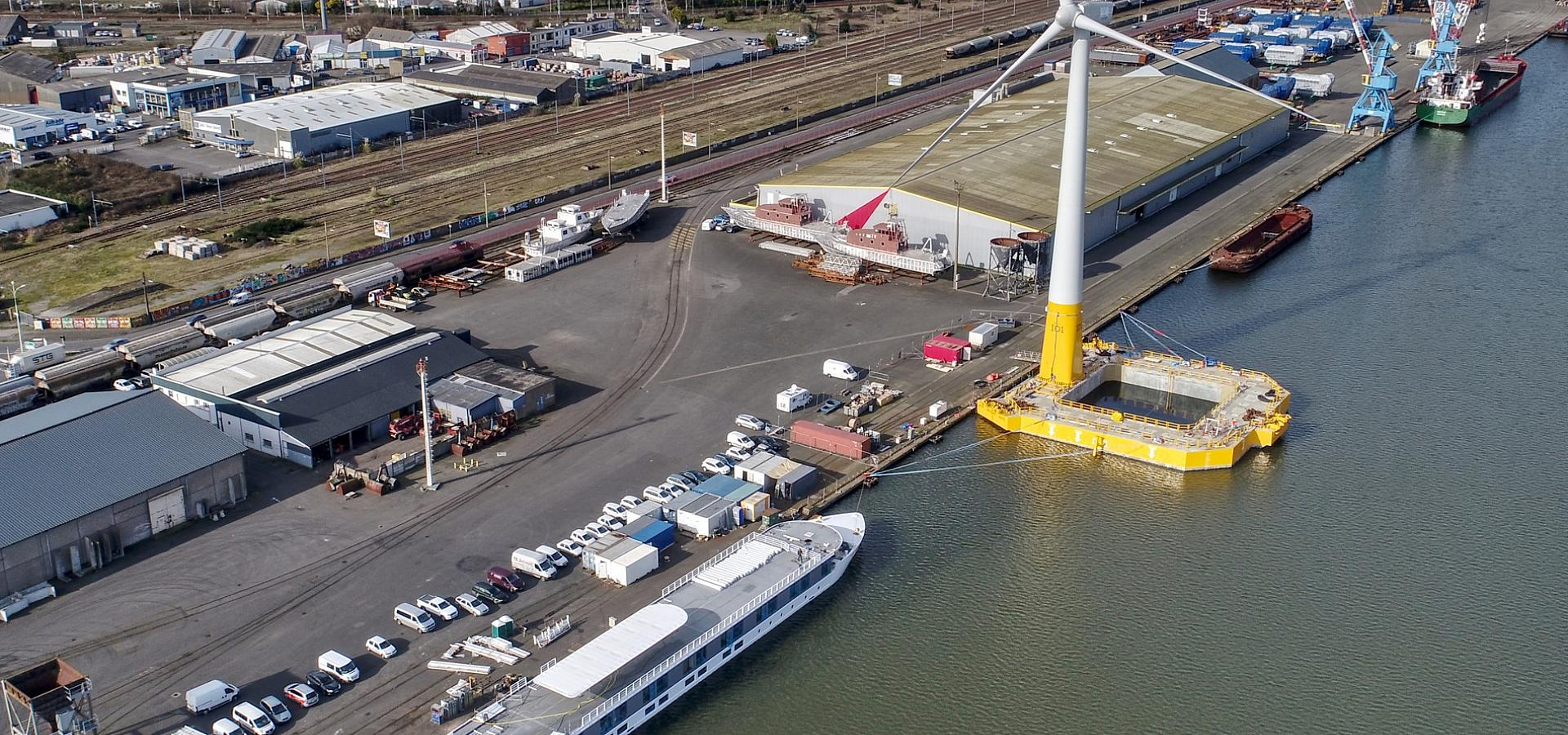 offshore wind turbine Ideol